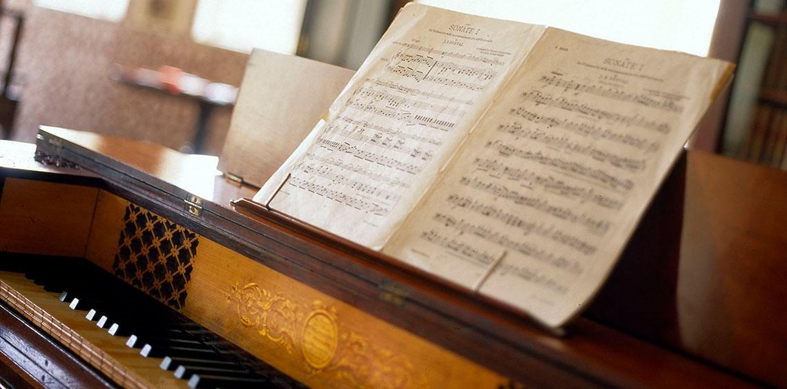 Music for Lunch at Brodie Castle - Christopher Baxter